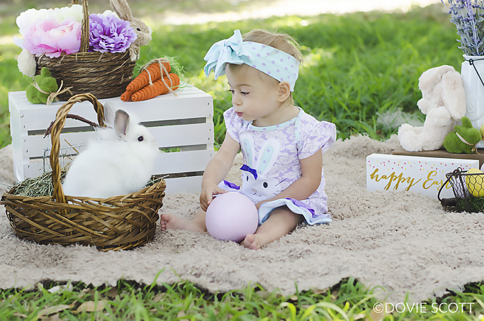 Easter Photo Session, Easter Pictures with bunny
