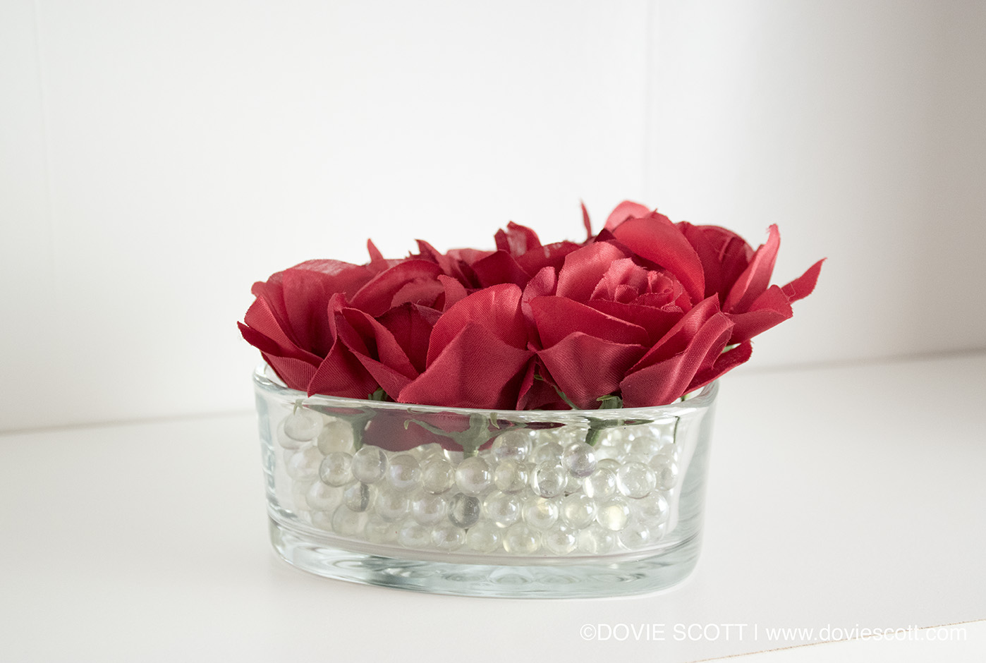 DIY Dollar Tree Valentine's Day Rose Arrangement